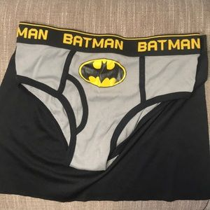 {Batman} undies with cape